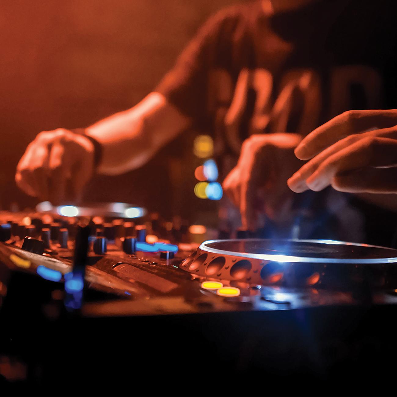 Première soirée DJ à La Villa ce vendredi 25 octobre!!